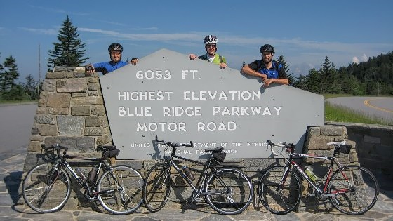 blue-ridge-parkway-cycling-03