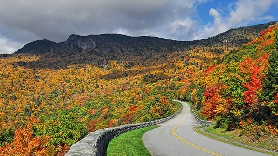 blue-ridge-parkway-cycling-04